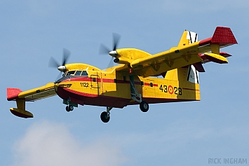 Canadair CL-215T - UD.13-28/43-28 - Spanish Air Force